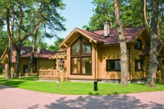 Kontio_UA_Holiday_RiverHouse1_EXT_0408